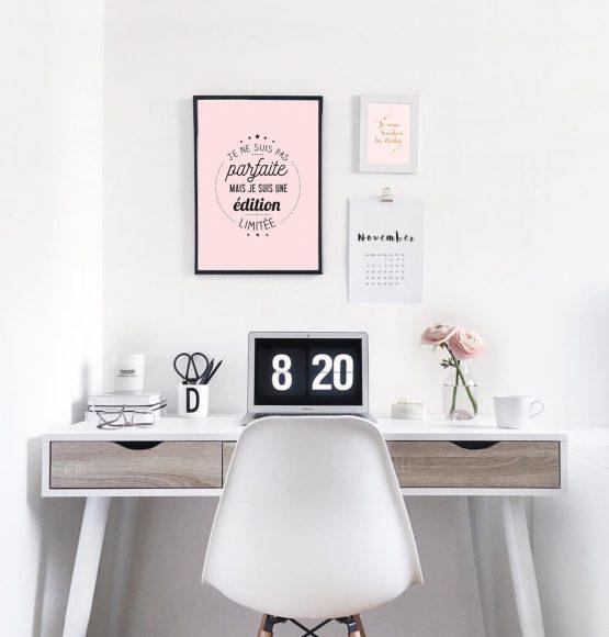 affiche je suis parfaite deco bureau rose
